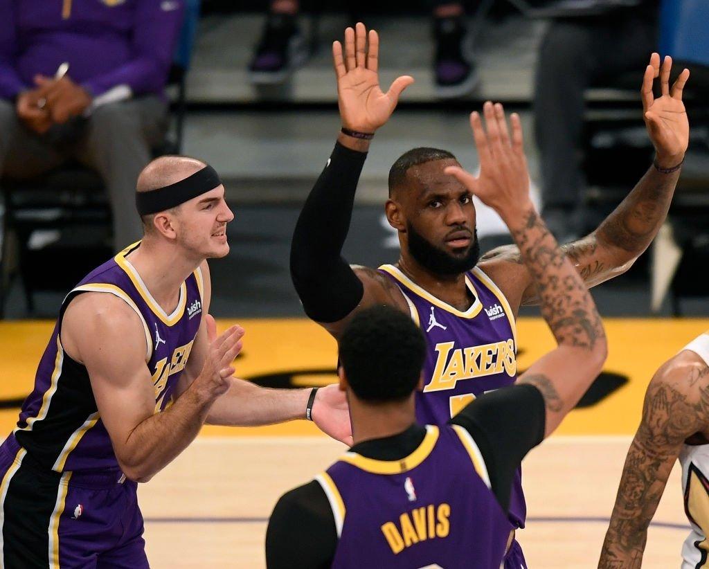 Próximo jogo:  🏀 (11-3) Lakers x Warriors (6-6) 📍 Staples Center, LA 📅 19/01 (seg-ter) ⏰ 00h (horário de Brasília) 📺 SporTV e League Pass.  #LakeShow #NBAnoSporTV