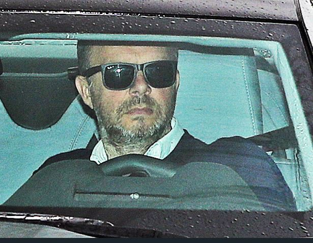 Manchester United chief Ed Woodward has told Ole Gunnar Solskjaer the club must be careful with their spending in the summer transfer window, according to reports. [Express] #Mufc #ManUtd