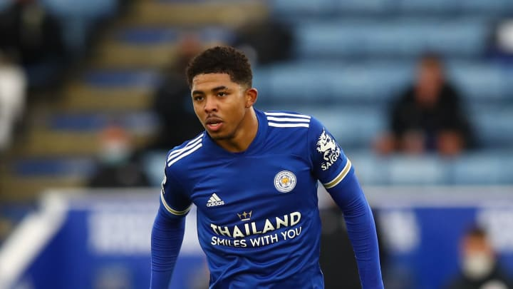 .@ManUtd great Paul Scholes has urged the club to snap up @LCFC centre-back @wesleyfofana .  Would the defender be a good signing for the Red Devils?  #PremierLeague #ManUtd #mufc #LCFC