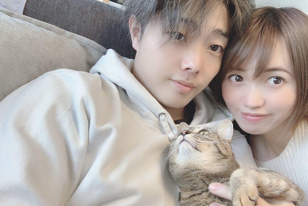 [分享] 軟銀 松本裕樹與前女團成員甲斐田樹里結婚