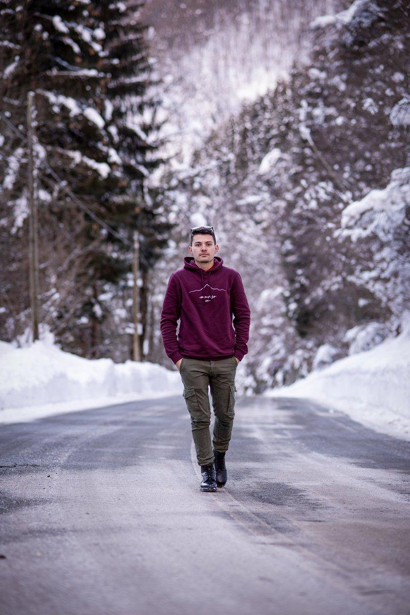 Cold❄🥶 #viaggionellagrandebellezza #snow #photography #me #models #nikonz50 #nikonphotography #portrait #famous
