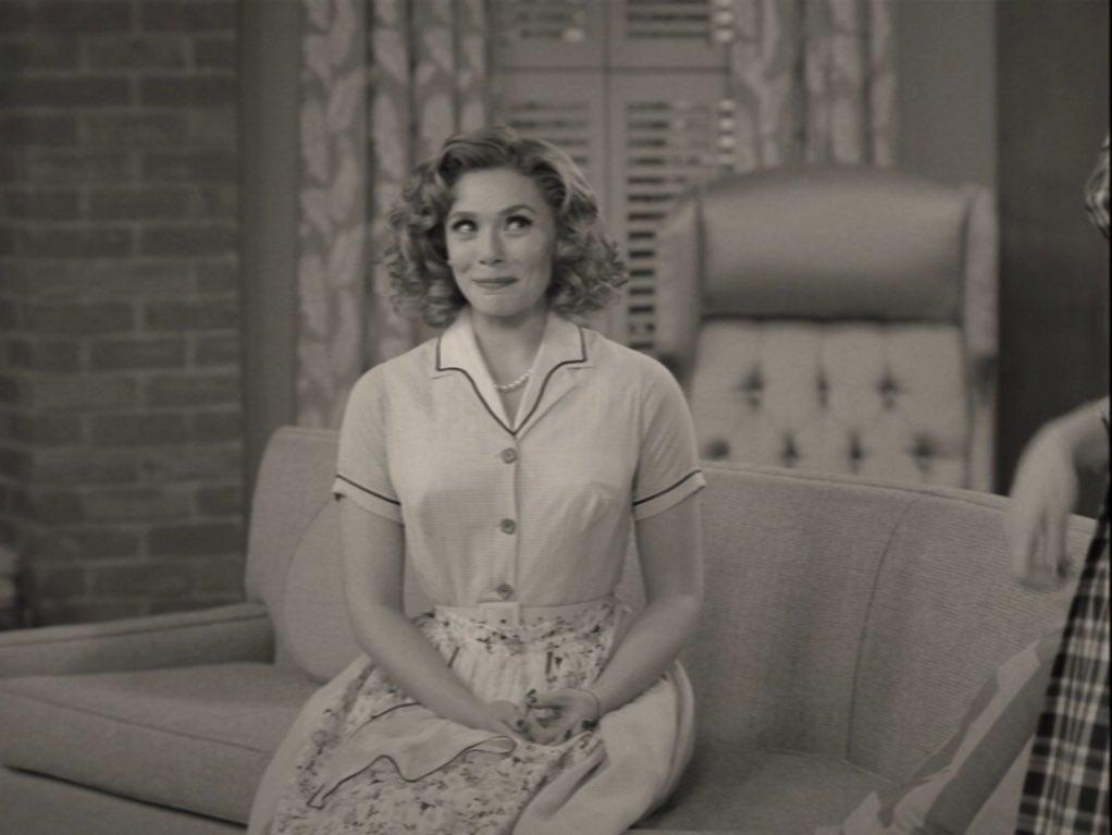 SPOILER WANDAVISION  . . . . . . . . . E anche oggi, fermiamoci un attimo ad ammirare l'espressività di Elizabeth in questi primi due episodi, la sua recitazione è stata impeccabile e ha reso Wanda ancora più adorabile #wandavision