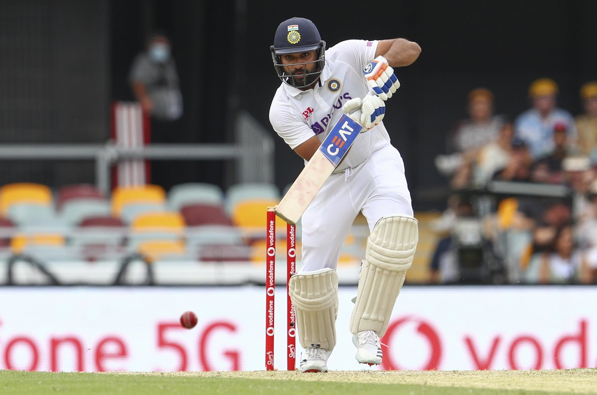 #GabbaTest #RohitSharma did well to keep the scoreboard ticking but #Australia removed him just in time. Now, all eyes are on #Indias two top batters, Pujara and skipper Rahane. At the moment, it is bucketing down at Brisbane! LIVE UPDATES: sify.com/sports/cricket…