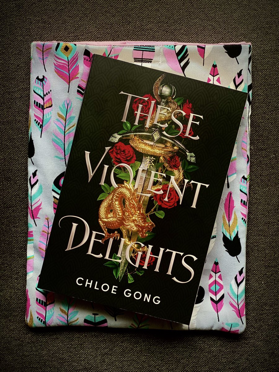 Currently Reading 📖   #theseviolentdelights #chloegong #books #bookclub https://t.co/vOttebHdHy