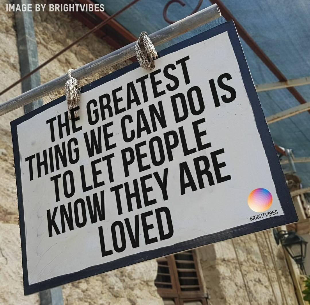 RT if you agree and tag that special person to let them they're loved ❤️  It only takes a moment to let people know how much they mean to you, and it could mean the world to them to know.  #love #friends #gratitude #express #kind https://t.co/7AKuRbNCQa