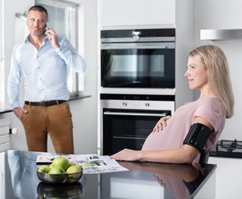 Omron Evolv es un #tensiómetro validado para mujeres embarazadas, con y sin #preeclampsia. @pulsuum #embarazo #hipertensión #blackfriday
