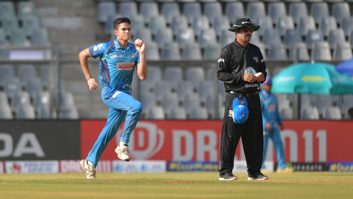 #SachinTendulkar 's son #ArjunTendulkar is now qualified for the #IPL2021 auction..  Will #MumbaiIndians pick him up?  For IPL 2021