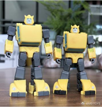 Magic Square Bumblebee   MS-B21 Intelligence officer's new investigation photos are here! Today, I found a small intelligence officer in the designer's office. He couldn't help but measure his height as only 6.3cm.  1/3