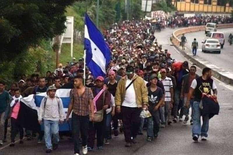 4500 مهاجر من #هندوراس دخلوا #غواتيمالا في طريقهم إلى #الولايات_المتحدة