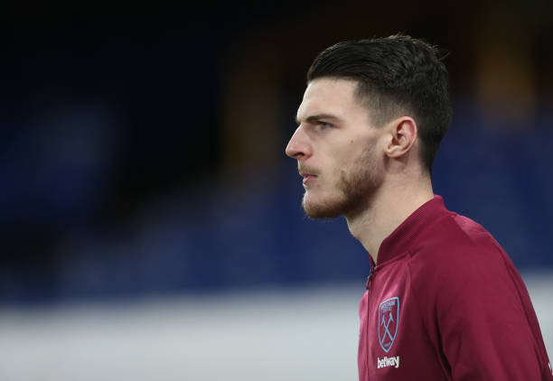 (🌤) Manchester United are prepared to rival Chelsea for Declan Rice 🏴󠁧󠁢󠁥󠁮󠁧󠁿 next summer. [ESPN] #MUFC #CFC
