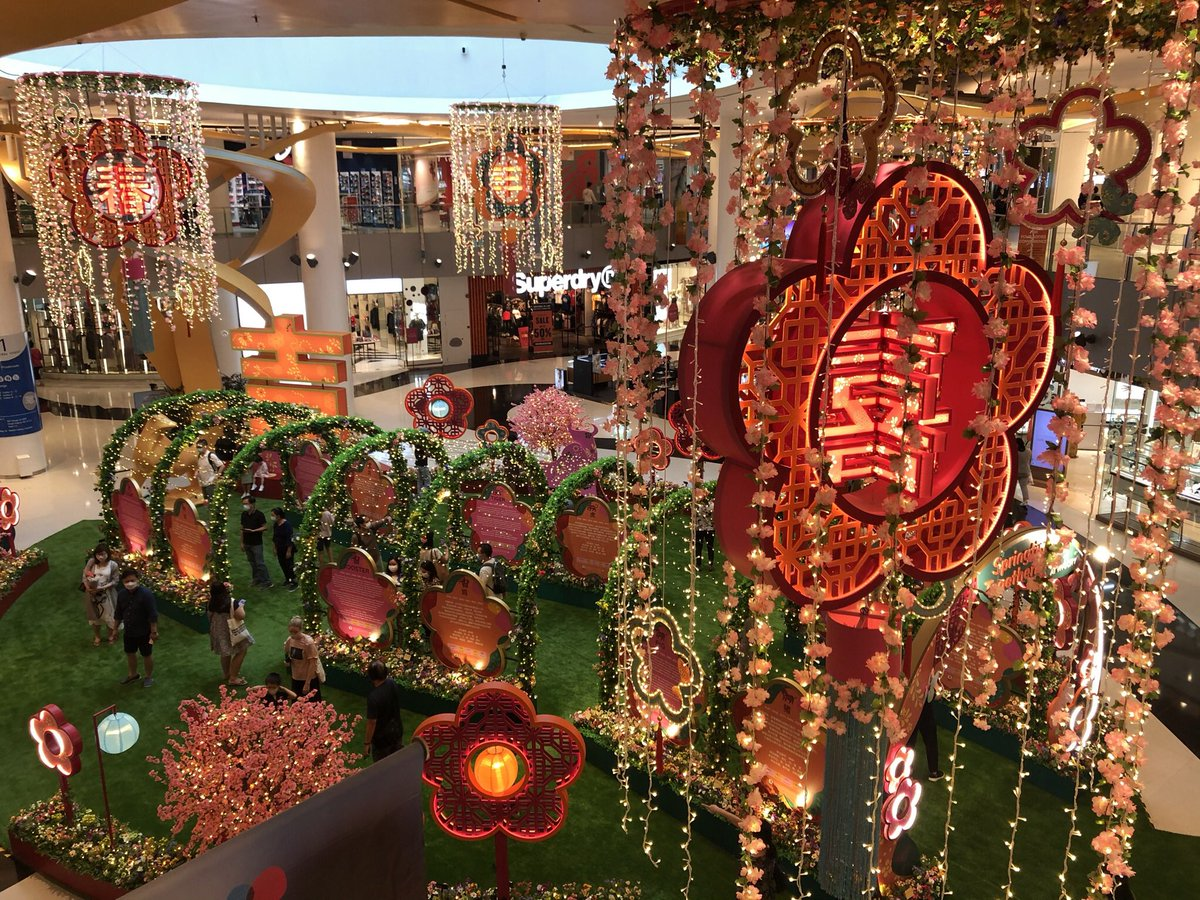CNY decorations and music is taking over everywhere - examples from Vivocity and Marina Square #Singapore #CNY