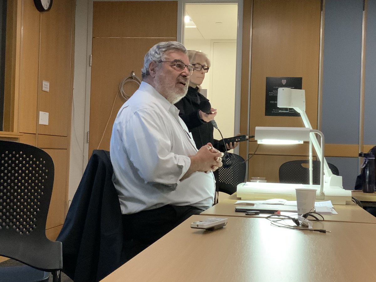 The brilliant @RamiKhouri. Found this picture of when I snuck into his fantastic writing class at Harvard in 2019 but he never recognized me.