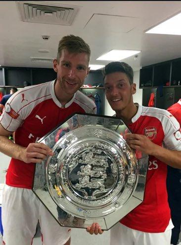 Thank you for the memories, Mesut Ozil. @MesutOzil1088 @Arsenal  #FreeOzil