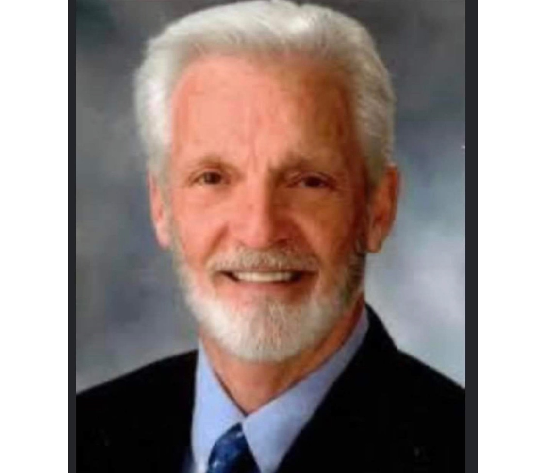 """Dr. Edgar """"Tad"""" Barham, 79yo Radiologist & CMO, Merit Women's Health Hospital, Mississippi, died of #covid19 1/9.  He had a kind, gentle spirit that endeared him to all who knew him. His enjoyed reading, sports, & playing gin. #healthcareheroes #WearAMask"""