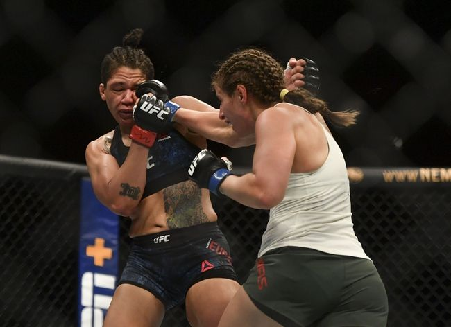 UFC Fight Island 7: Sarah Moras vs. Vanessa Melo Picks, Odds and Predictions https://t.co/kyvSD0QeAM #ufc #ufc249 #ufcfl #mma #mma2020 #mmatwitter #ufcfightnight #ufc176 #ufcvegas #ufc250 #ufcapex #gamblingtwitter #bettingtwitter #bettingtips #freepicks #espn #ufcfightisland7 https://t.co/NFry0SCbd7