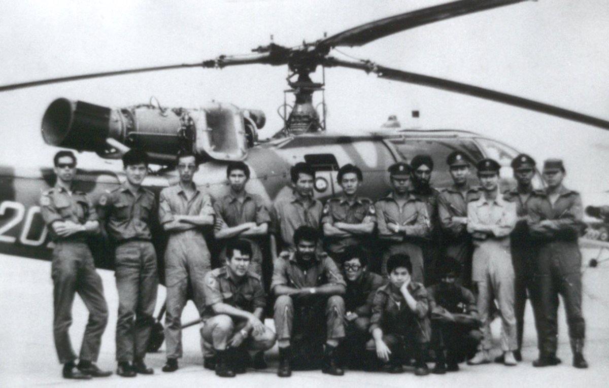 Exactly 50 years ago, #OnThisDay, marks the completion of the RSAF's - then the Singapore Air Defence Command - first Humanitarian Assistance and Disaster Relief (HADR) operation.  Find out more on the RSAF Facebook page: https://t.co/64CFm10Dm7 https://t.co/smr95z2JXt