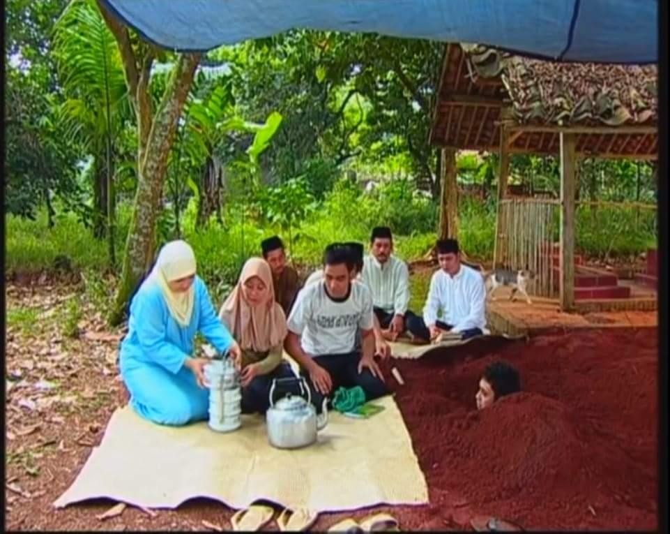 piknik bersama keluarga https://t.co/Z9mCP9vjVg
