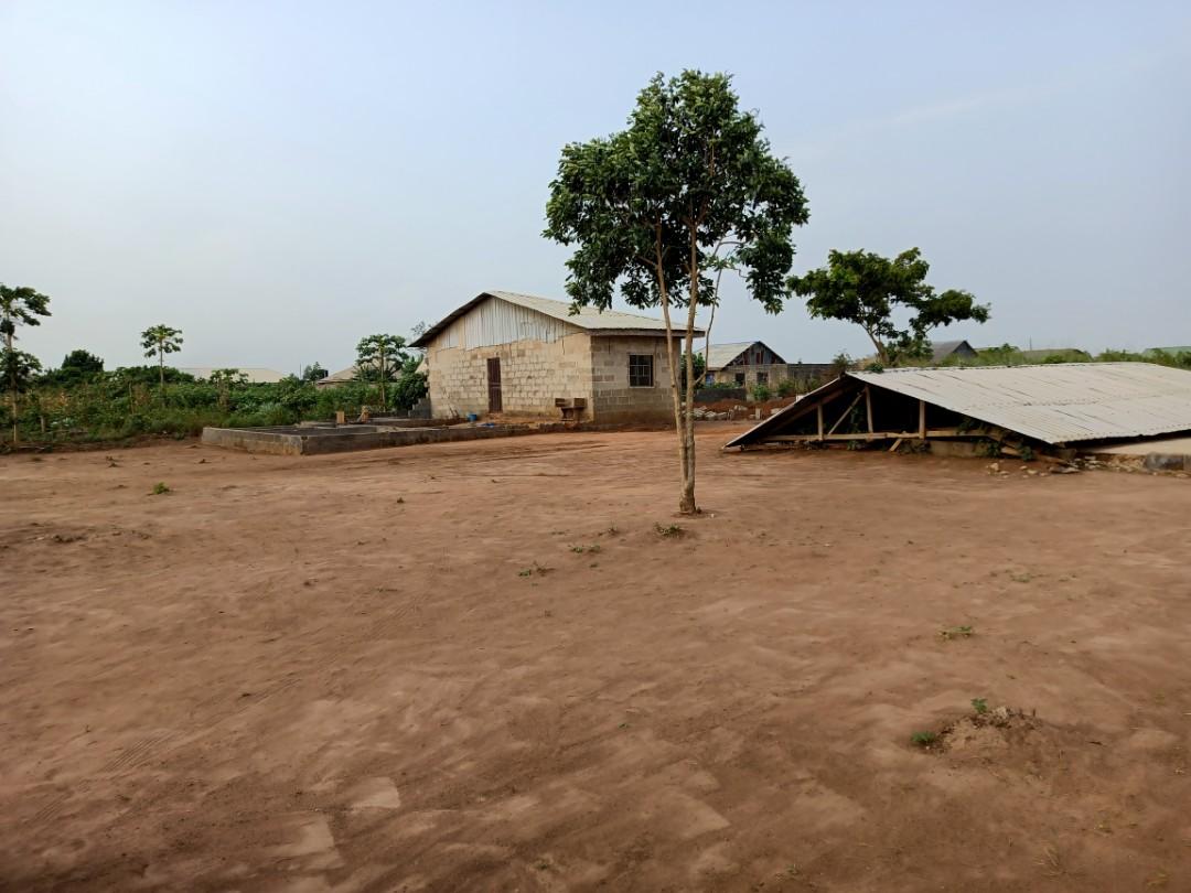 #ForSale 1190sqm land with 1 bedroom bungalow@ God's Grace #Hospital Itapara Off Igode #Sagamu #Ogun #Nigeria. Call 08176446666 now #whatproperty #ikorodu