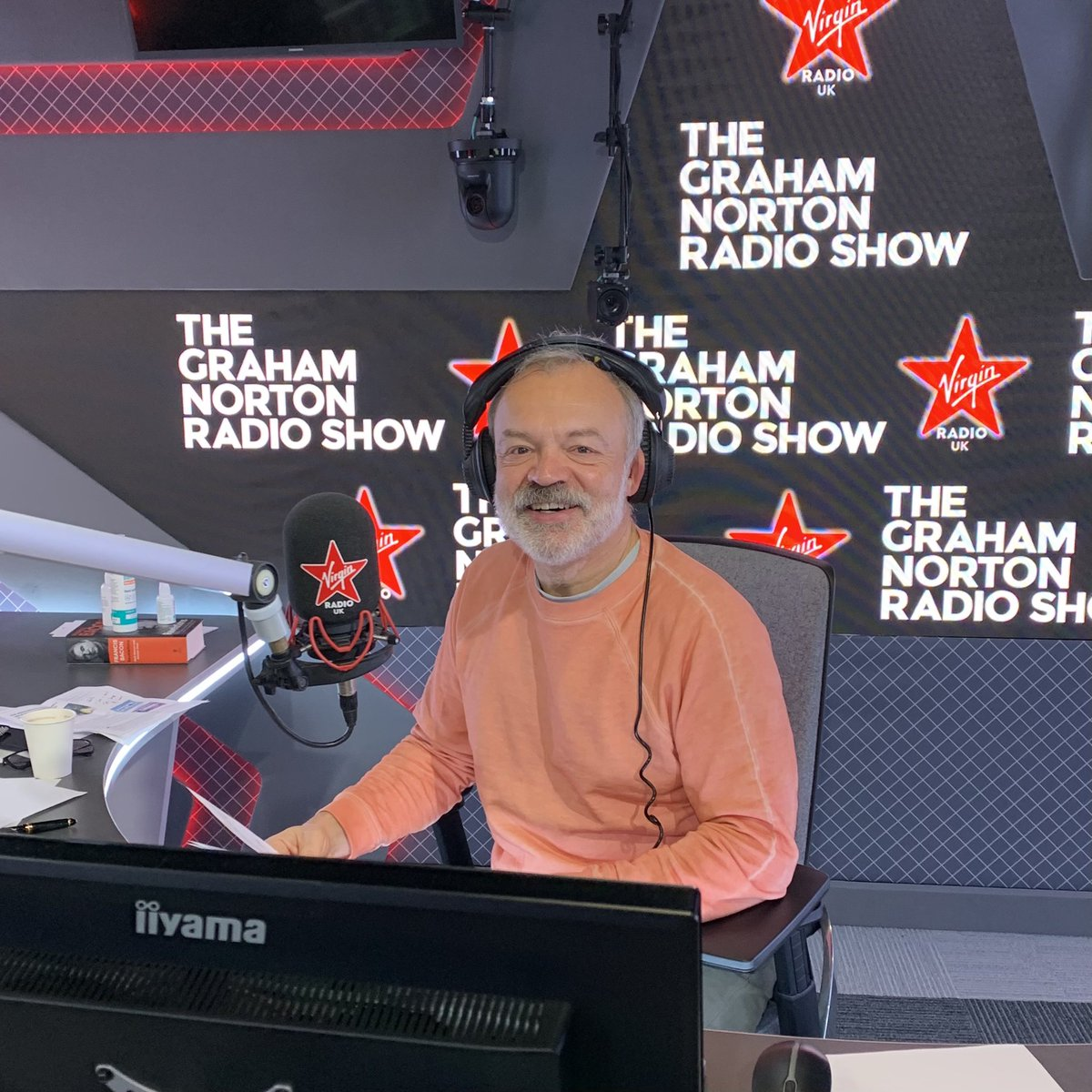 Graham's back for round two!   Tune in for chats with some fabulous guests - plus @grahnort and @mariamcerlane will be helping you solve your problems in Graham's Guide 💭  🔈   #TheGrahamNortonRadioShow