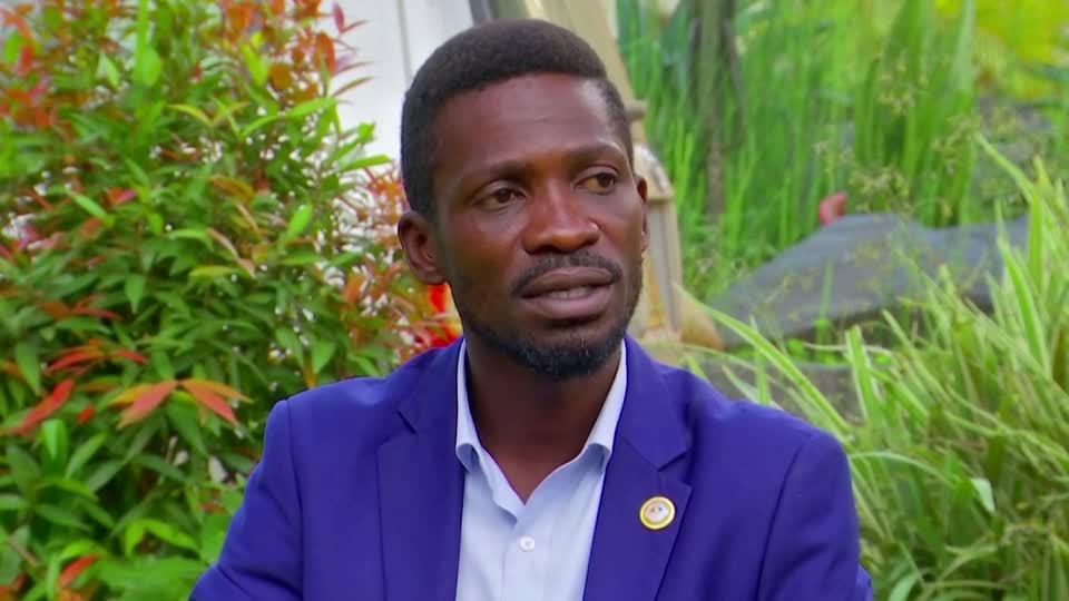 Armed government-deployed forces in Uganda surrounded the home of opposition candidate Bobi Wine as the disputed vote count continues in the country's presidential election