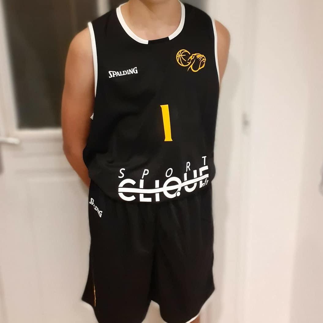 Les nouveaux maillots sont arrivés 🔥🔥🔥🔥🔥🏀🏀🏀🏀🏀  #basketball #Jersey #harwoodsclassics  #SeineEtMarne #dammarie #soixantedixsept