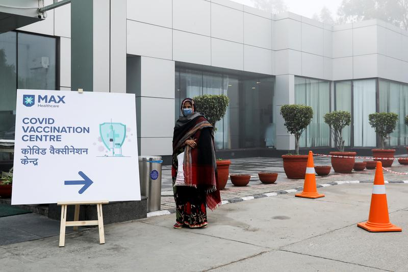 India's Modi kicks off vaccination campaign, among world's largest