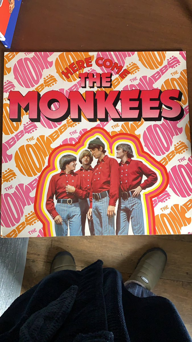 The perfect #SaturdayMorning listening.. I remember watching these guys tv show on Saturday mornings when I was a kid (70's kid so it was re-runs) - what's your childhood Saturday morning memory? #LouthChat