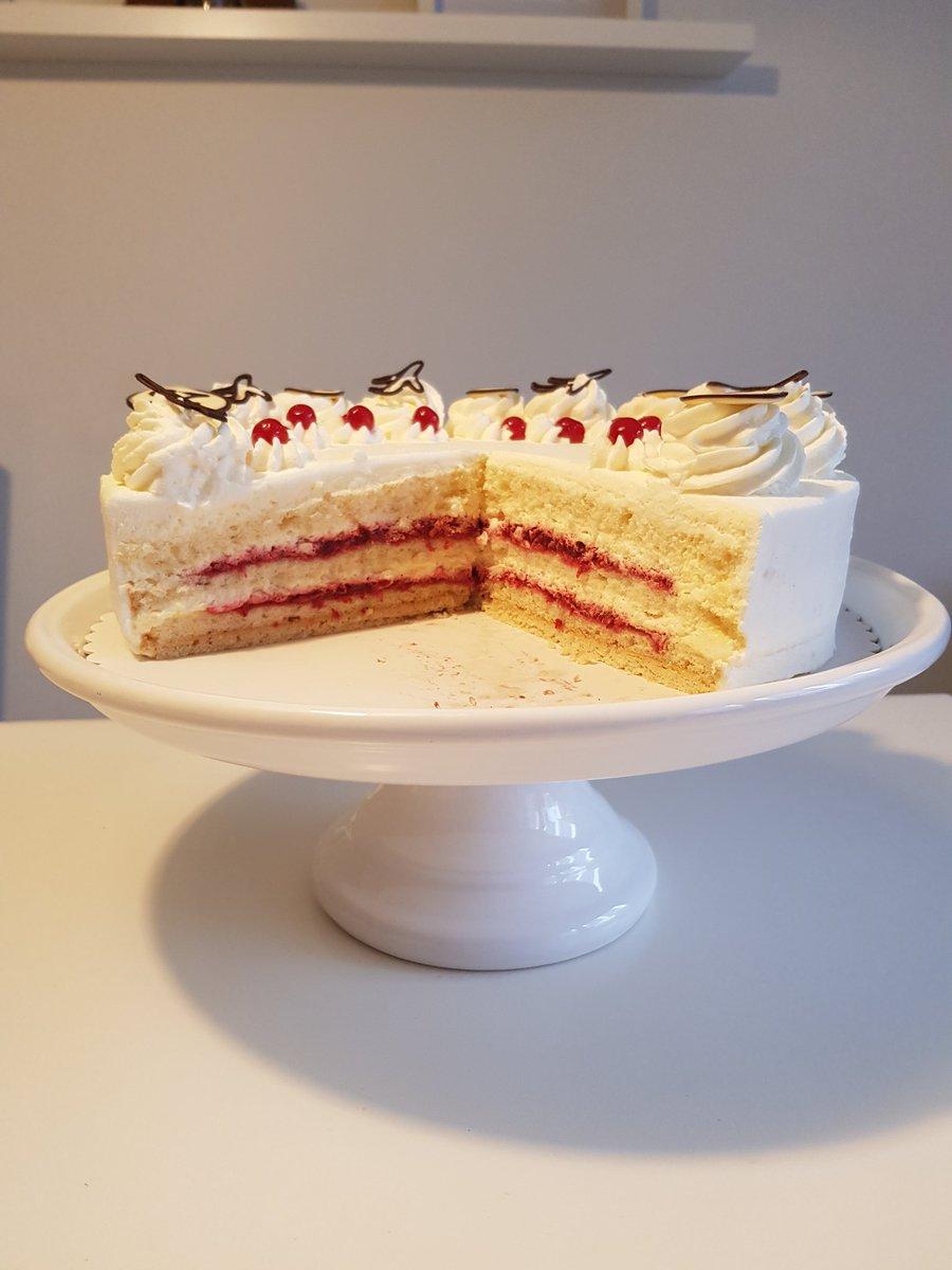 MOONMOON - Yep cake
