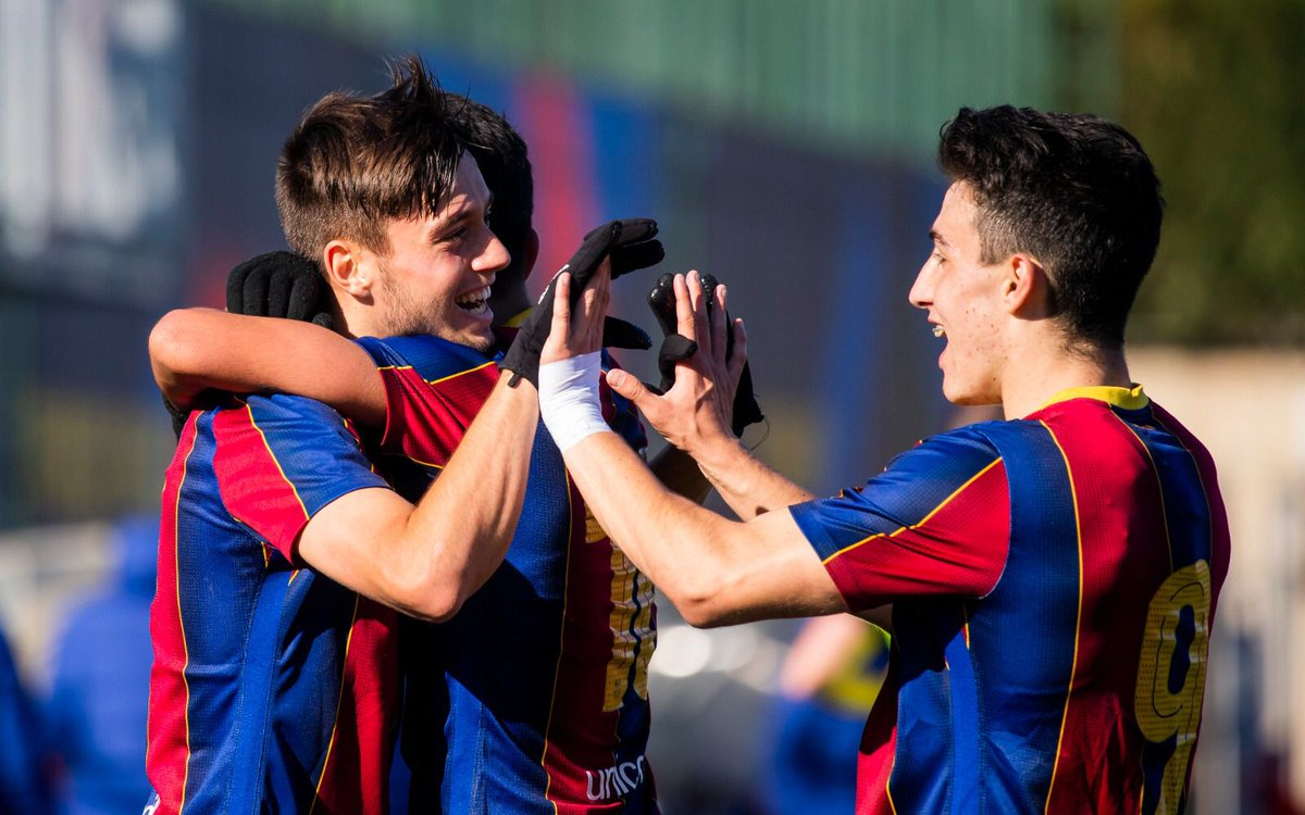 ⏰ FINAL!  💪 Juvenil A - Europa (5-0)  ⚽️ Diego (2), Jardí, Moussa i Álex Rico  👏 Segona victòria consecutiva en aquest inici d'any!   #ForçaBarça 💙❤️