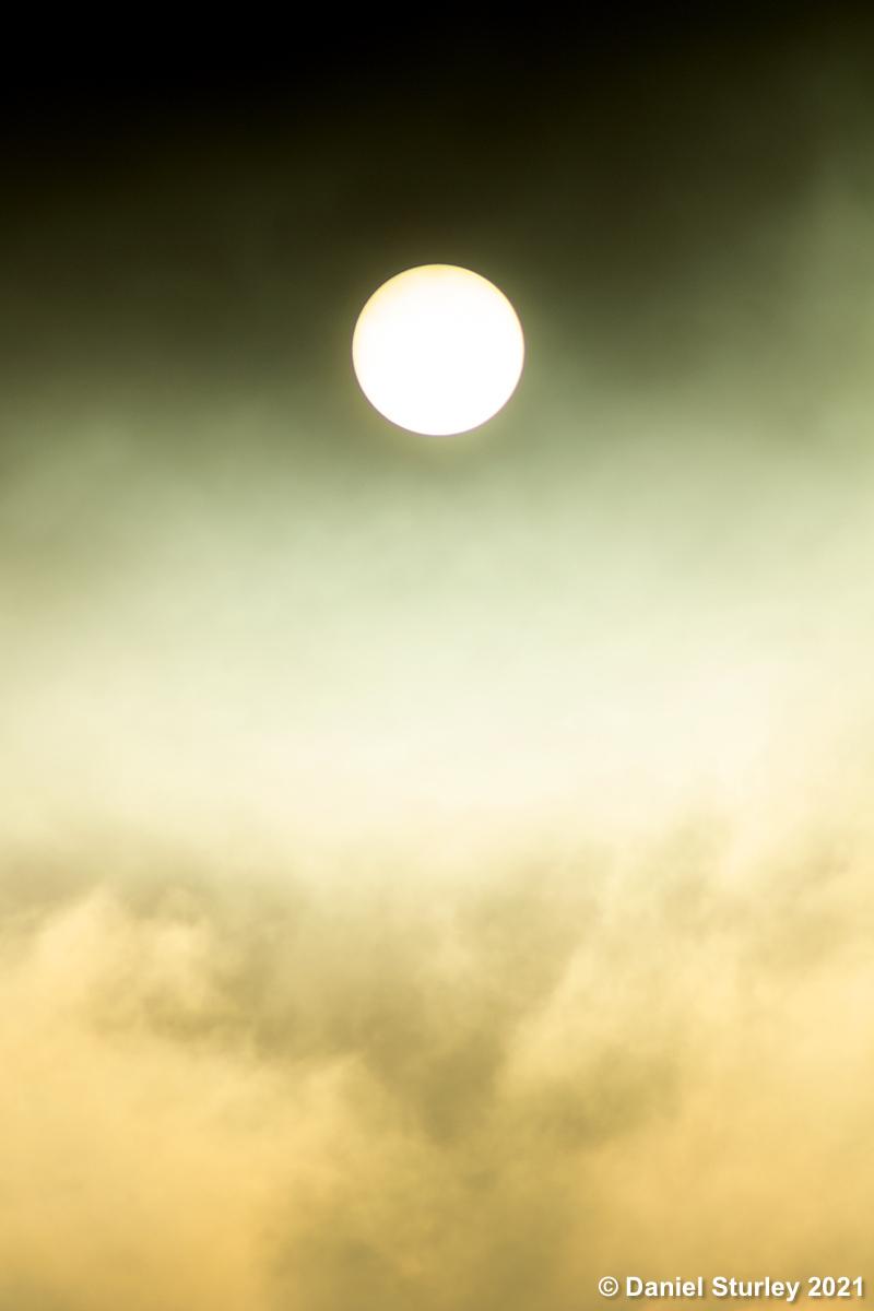 #Birmingham UK, the #sun above the recent #fog in the city #BirminghamWeAre #AllWeather