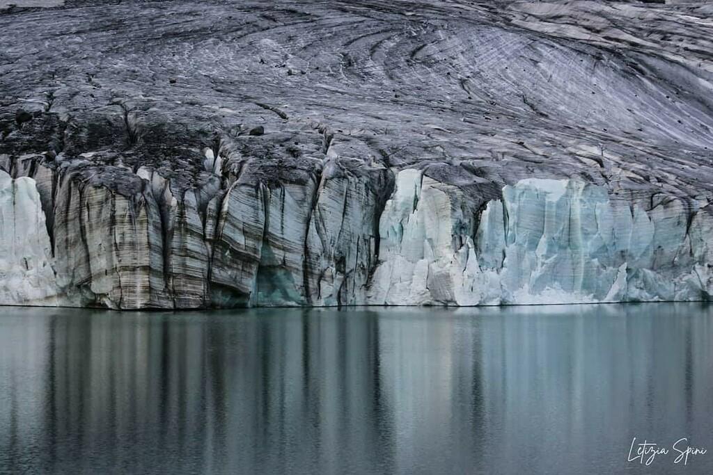 @letiziaspini_naturephotography #naturephotography #naturalbeauty #nature #natural #canonphotography #canonshot #canonlife #canonitalia #canon #ghiaccio #ghiacciaio #ice #icelake #lake #ig_italy #igtravel #iglombardia #igdaily #iglombardia #iglombardia #…