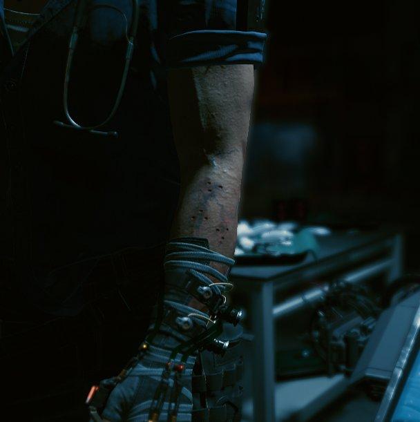 Агрессивно думаю о руках Вика!!! Он же типа вкалывает себе какой-то стимулятор??? и у него от частоты образовались гематомы и раны не заживают!!!  ЗОЛОТЦЕ ОТДОХНИ НЕ МУЧАЙ СЕБЯ НА ТЕБЕ УЖЕ МЕСТА ЖИВОГО НЕТ #Cyberpunk2077
