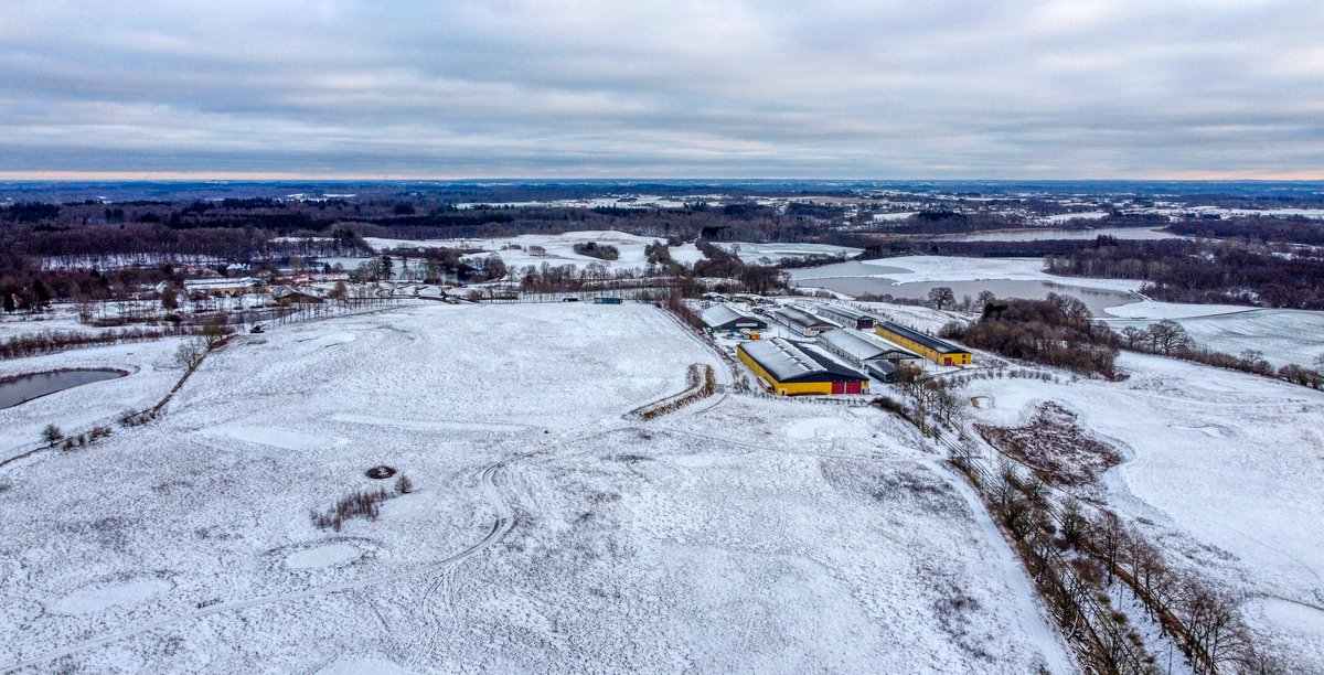 Today's flight in snow in Skjoldenaesholm, Denmark.  #Denmark #NaturePhotography #dronephotography #January16th #photooftheday #SaturdayThoughts #SaturdayVibes #saturdayfun   🛸Dorte Hedengran