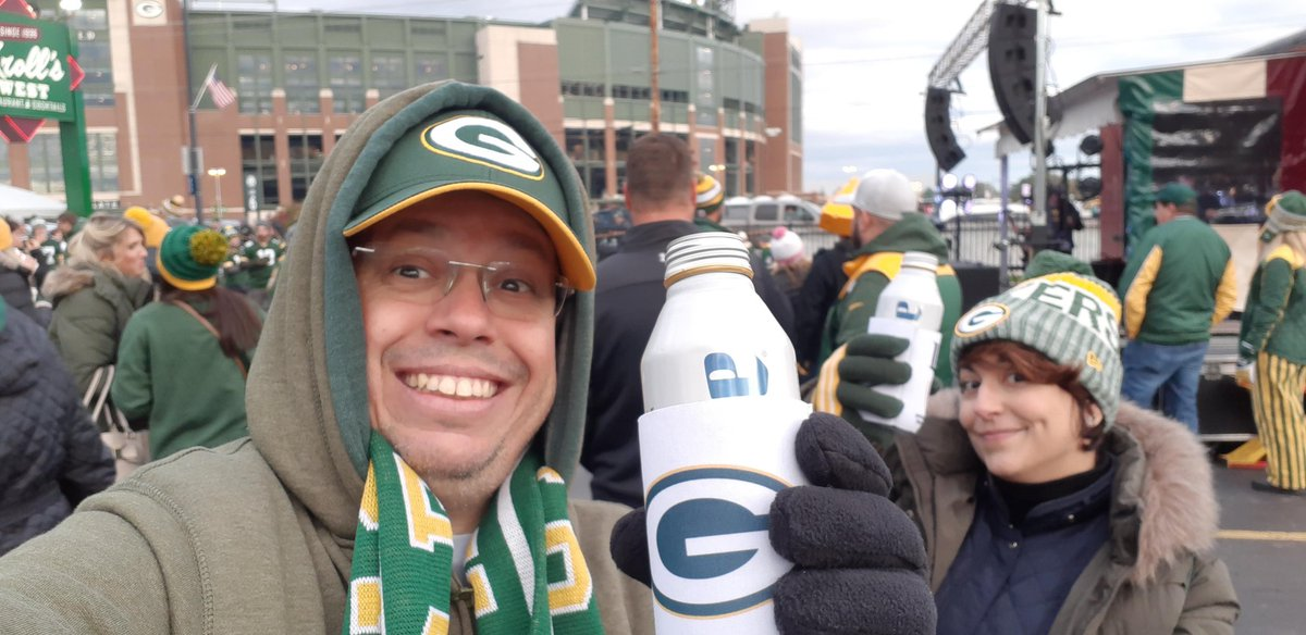 @cheeseheadtv Carrying the G from Recife, Brazil (but I wish I were at Kroll's West) #CarryTheG #GoPackGo