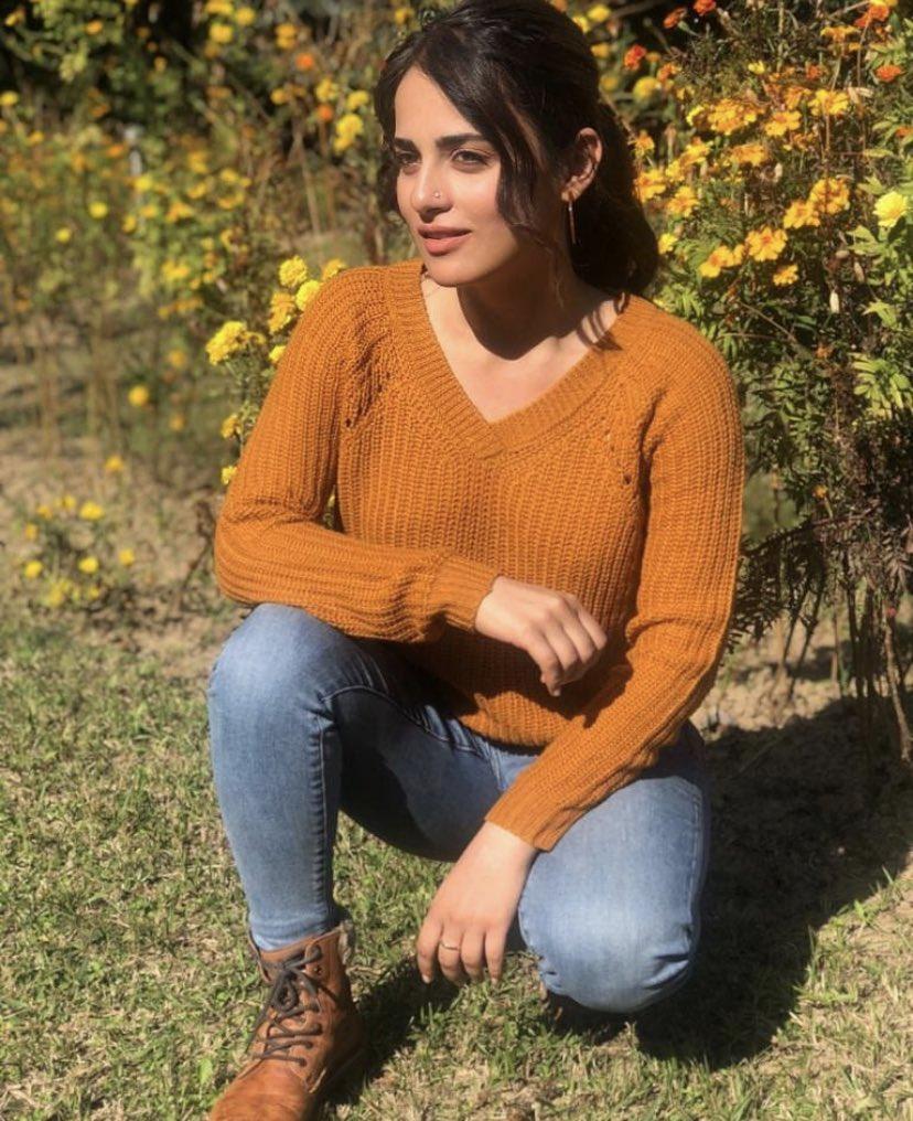 Sweater weather and some winter sun has got #RadhikaMadan glowing.