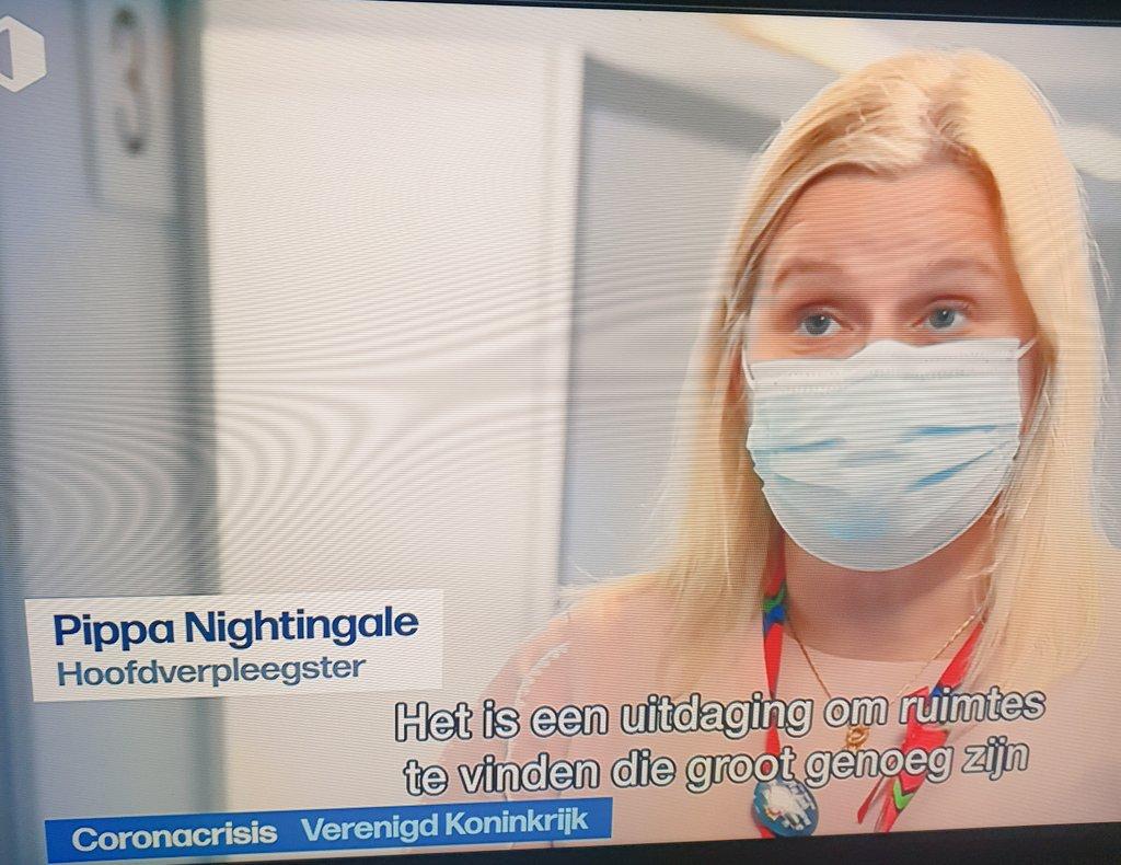 """Onder het motto """"op een dag vind je de job van je leven!"""" @vrtnws tip: hoofdverpleegkundige in plaats van verpleegster! #nightingale #verpleegkunde #verpleegkunde #Covid_19 #Vaccinatie https://t.co/QfcPcbajmF"""