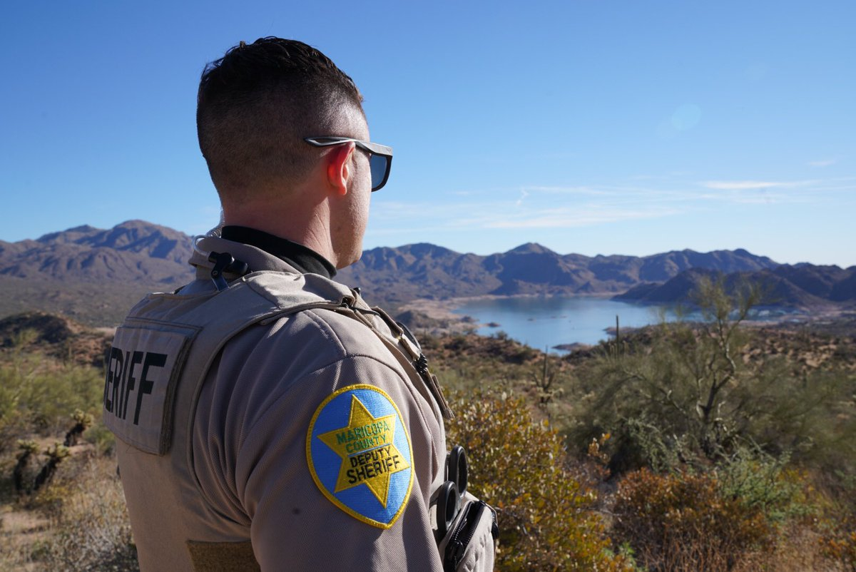 Just another day at the MCSO Lake Patrol Office ☀️ . . #happysaturday #saturdayvibes #saturday #saturdaymood #SaturdayMotivation