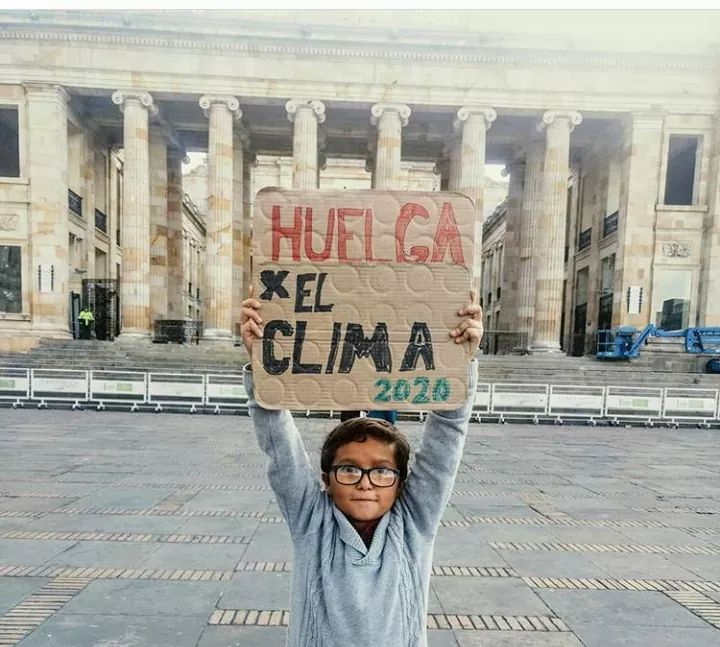 #FranciscoEstamosContigo. #FranciscoEstamosContigo  Stop violence and discrimination against environmental promoters. Absolute rejection of threats to Francisco Vera. @franciscoactiv2 @fridaysforfuture #ClimateStrikeOnline #DefendTheDefenders