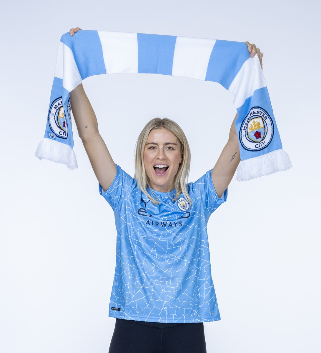 New recruit 🙌  🔷 #ManCity |