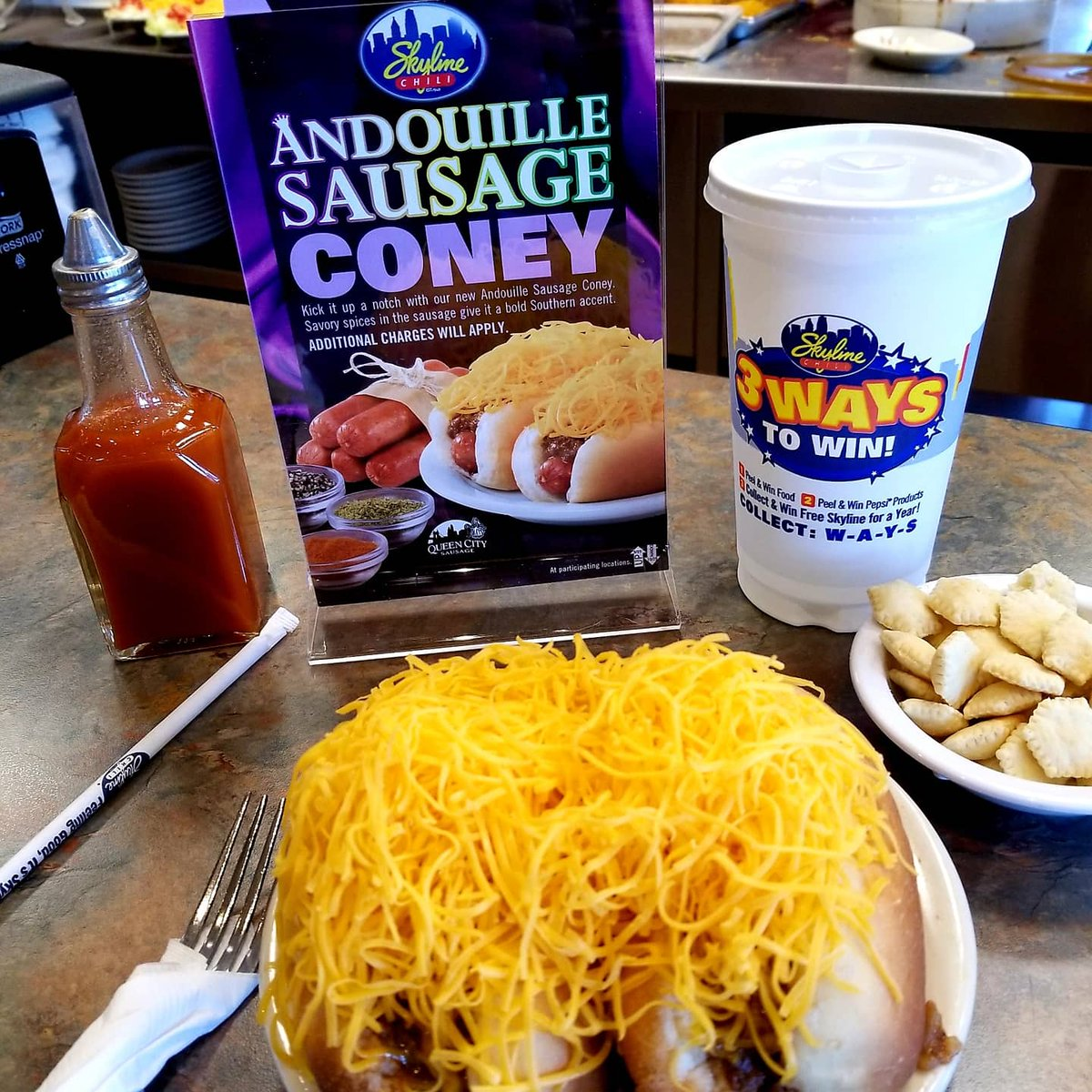 @Skyline_Chili Saturday! Make sure you try some delicious Andouille Coneys this weekend...limited time only!😋🌭 #SaturdayVibes #SkylineChili #AndouilleConeys