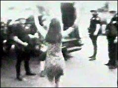 1966 — Singer Joan Baez jailed in antiwar demonstration, Oakland, California.https://t.co/6lEBRhzQSz https://t.co/vldow4I96j
