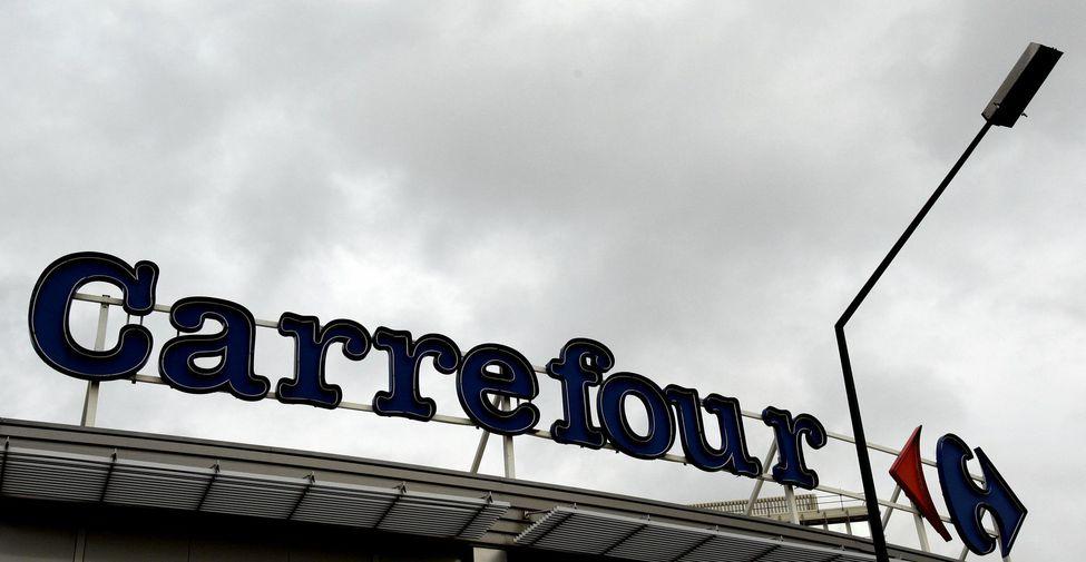 Le canadien Couche-Tard abandonne son plan de rachat de Carrefour