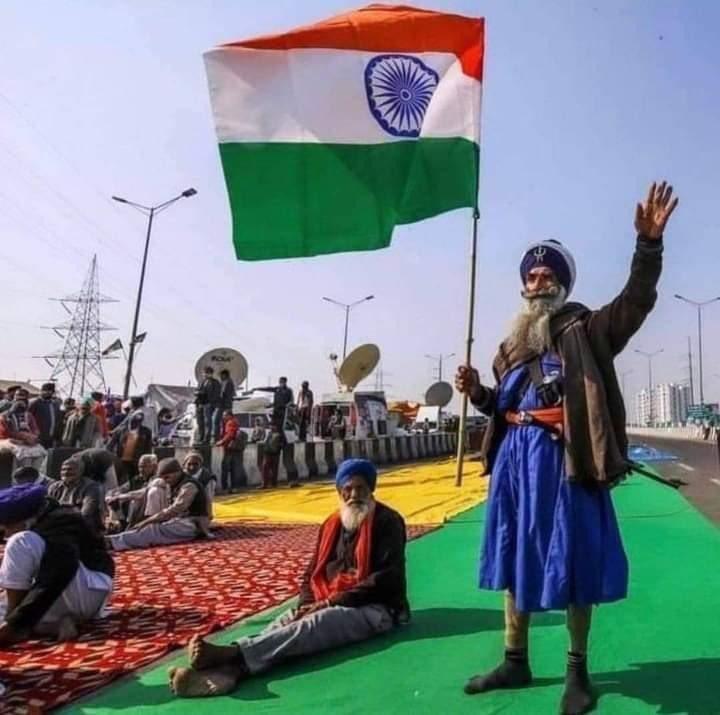 @sambitswaraj 70 साल में कांग्रेस ने क्या किया..??   साहब कुछ भी किया हो मगर अन्नदाताओं को भर ठंड में मरने पर मजबूर कभी नही किया ....🤔  #KisanNahiToDeshNahi