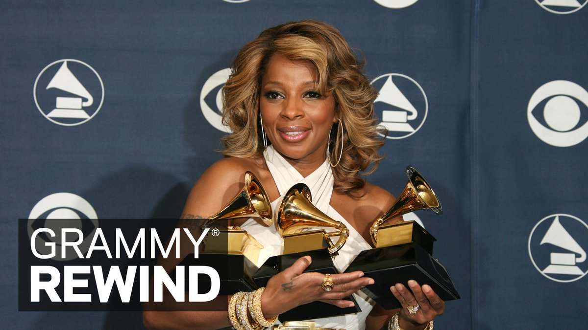 Witness nine-time GRAMMY winner @maryjblige shine as she accepts her Best R&B Album win at the 49th #GRAMMYs in 2007 for 'The Breakthrough' ✨: