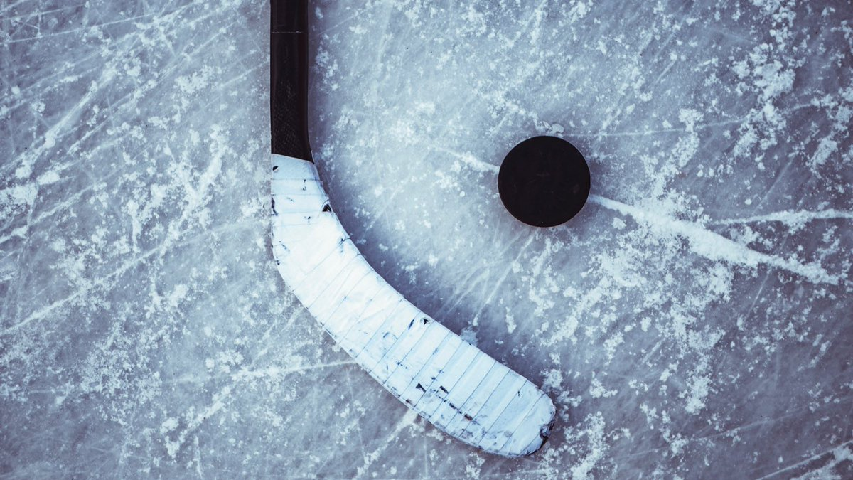 How's your #NHL team doing?! Sign up for our #fantasyhockey draft and choose your favourite players. Draft closes on Sunday - don't miss out on our amazing grand prizes.