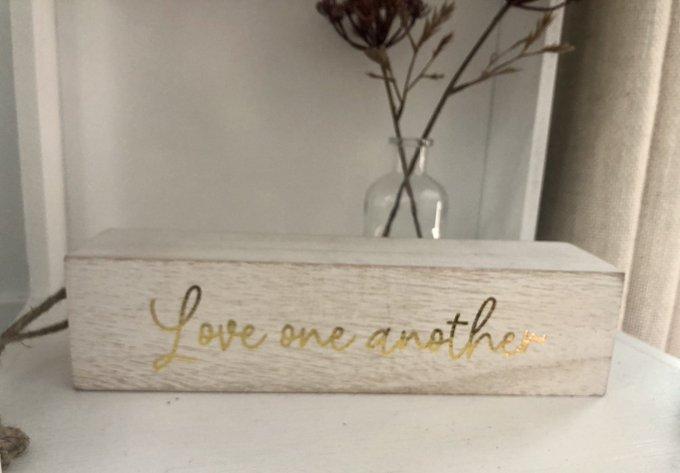 On my shelf. 💕 https://t.co/JBvJyPyNub