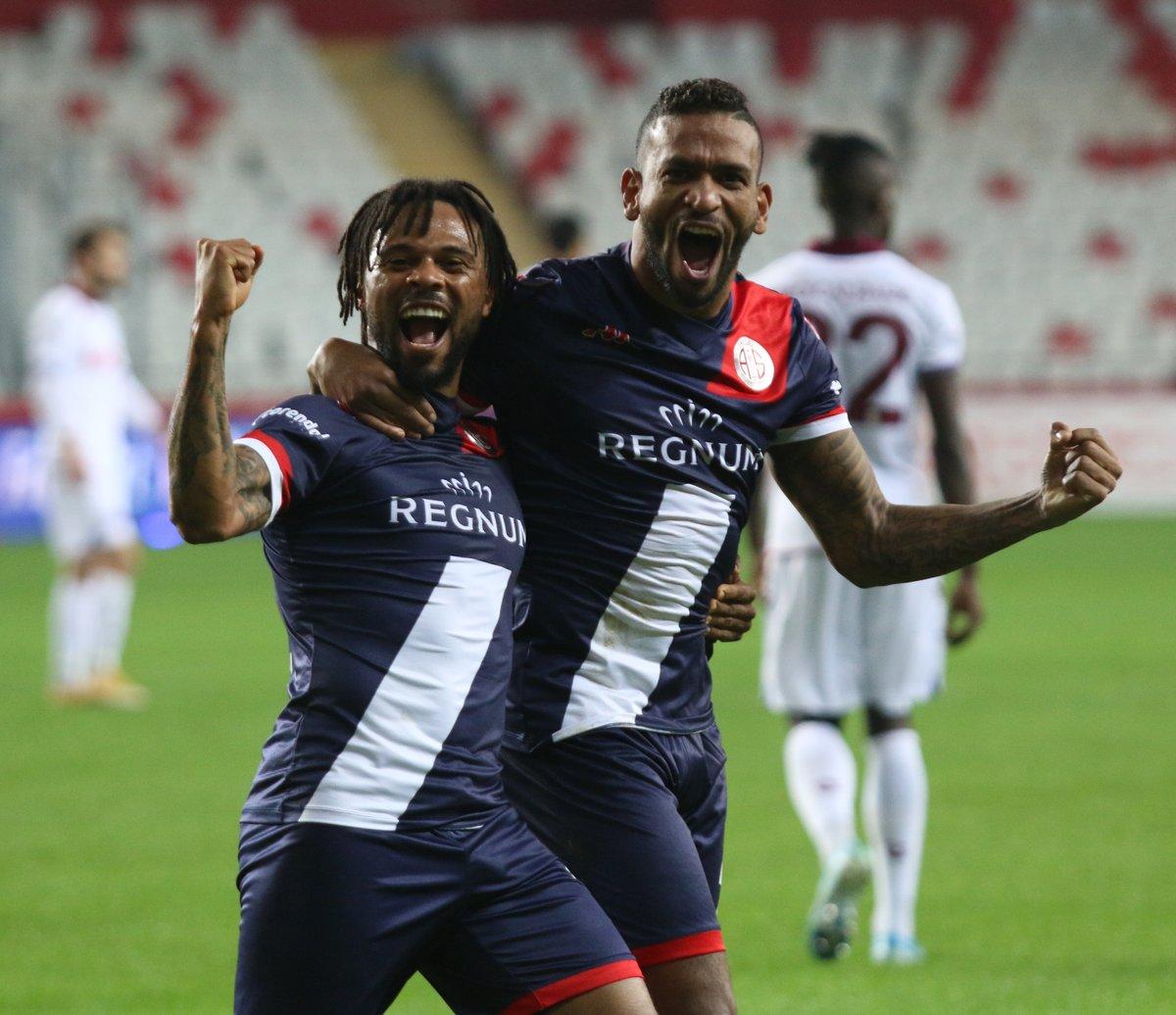 📸⚽👊 Gol anı!  Asist 👉 #FredyRibeiro, Gol 👉 #AmiltonMinervino