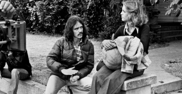 Happy birthday to one of the greatest horror film directors in history John Carpenter! Thank you for #Halloween, #EscapeFromNewYork, #TheyLive, #TheThing, and all your other great movies! #BOTD #Horror #HorrorMovies #HorrorFamily #HorrorFam #HorrorCommunity