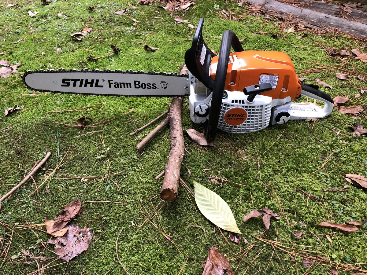 I'm finally getting to use my #Christmas present today. This saw is pure joy!! I've been smiling for the last hour straight. Thanks @STIHLUSA !