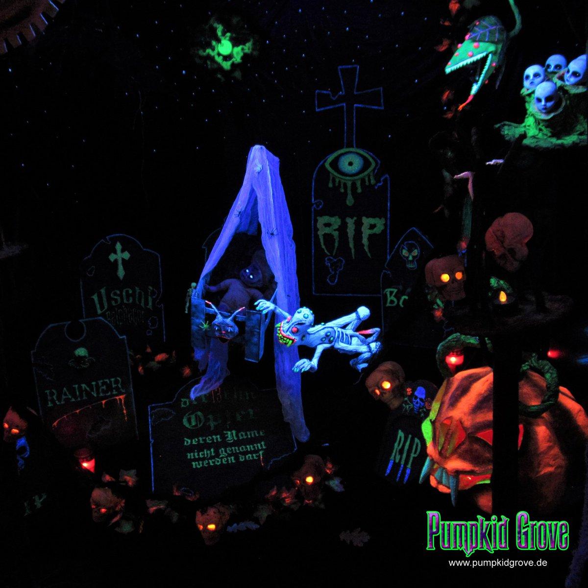 Seelenfänger Soul catcher  #halloween2017 #halloween #samhain #thenurseryofthefanaticaldrnightmare #friedhof #graveyard #grabstein #geist #ghost #kürbis #pumpkin #gruselig #haunted #horror #homehaunt #party #love #fun #art #germany #pumpkidgrove #pumpkidgrovegermany